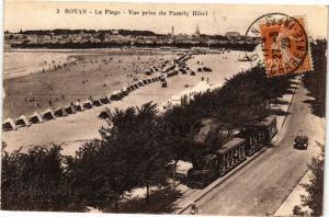 CPA Royan-La Plage-Vue prise du Family Hotel (45551)