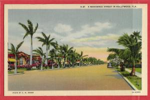 Residence Street in Hollywood, Florida