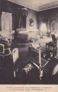 New York Staatsburg Ruth Livington Mills Bedroom In Museum At Mills State Par...