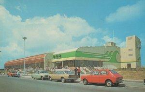 The Sun Centre Promenade Rhyl 1970s Welsh Postcard