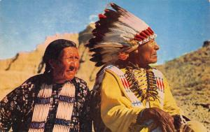 INDIAN CHIEF AND SQUAW       Native American Man And Woman         Postcard