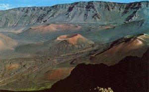 HI - Puu O Pele, Kamaolii & Kaluu O Ka Oo Volcanic Craters