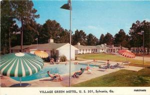 1950s Swimming Pool Village Green Motel Sylvania Georgia O'Brien postcard 164