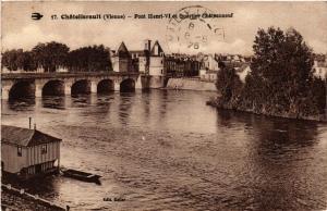 CPA Chatellerault Pont Henri VI et Quartier Chateauneuf (613163)