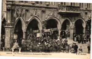 CPA ARRAS - Concert populaire a la Breteque de l'Hotel de Ville (116941)