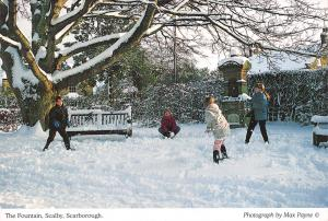 Postcard The Fountain, Scalby, Scarborough, Winter Snow, Snowball Fight #S