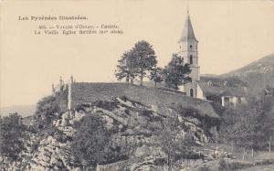 La Vieille Eglise Fortifiee (XV Siecle), Vallee D´OSSAU (Pyrenees-Atlantique...