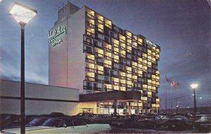 YORKDALE , Toronto , Ontario, 1950-60s ; Holiday Inn
