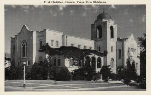 PONCA CITY , Oklahoma, 1930s : First Christian Church