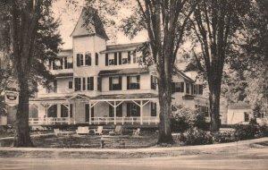 Norwich, Vermont, VT, Norwich Inn, Off Route 5, 1951 Vintage Postcard g9284