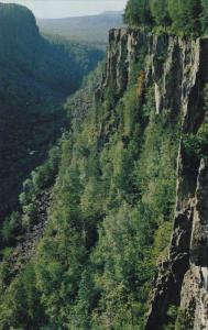 Ouimette Canyon, FORT WILLIAM, Ontario, Canada, 40-60´
