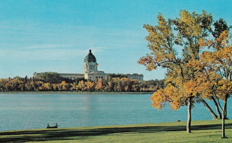REGINA , Saskatchewan , Canada , 50-60s ; Legislative Buildings