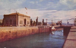 GOVERNMENT LOCKS, SEATTLE Puget Sound Lake Union c1950s Vintage Postcard