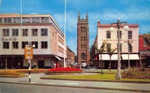 Postcard 1972 TAUNTON The Parade St Mary Magdalen Church SOMERSET