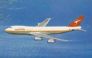 QUANTAS AIRWAYS BOEING 747B