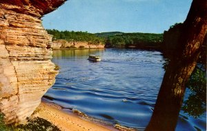 WI - The Dells. River Scene, Lower Dells