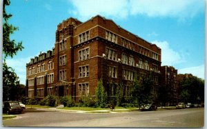 Chicago, Illinois Postcard THE AMERICAN SCHOOL Drexel Ave. & 58th St. c1950s