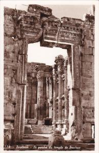 RP: BAALBECK - Le porche du Temple de Bacchus , 20-40s