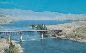 Trans-Canada Highway, Kamloops Lake, Thompson River, Red & White Gas Line, Br...