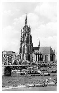Frankfurt am Main Dom mit Eisernem Steg Cathedral River Boat Bridge Promenade