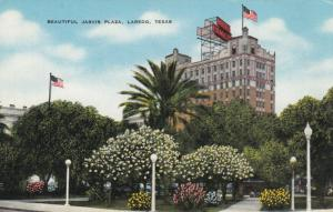 LAREDO, Texas, 30-40s; Beautiful Jarvis Plaza