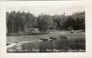 RP: Rainy Distri, Ontario , 30-40; Main Lodge & Store-Kelly's Camps