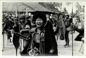 indonesia, NIAS, Native Warrior Shield Spear (1930s) Real Photo (08)