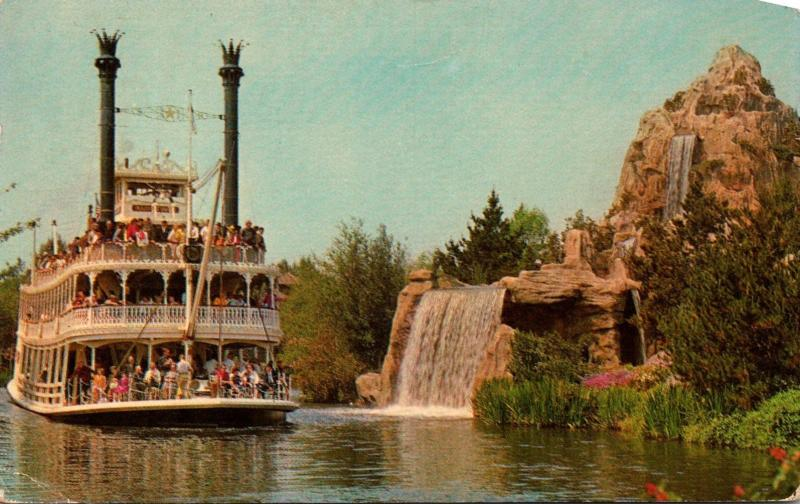 Disneyland Steamboat Mark Twain 1966