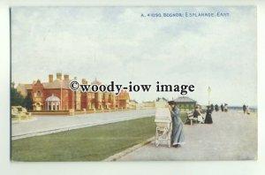 tp9768 - Sussex - Mother with Pram on the East Esplanade, in Bognor - postcard
