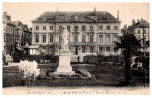 France Tours  , L'Ancien Hotel de Ville et le Square Rabelais