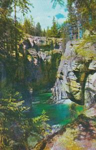 Canada Alberta Jasper Maligne Canyon Jasper National Park