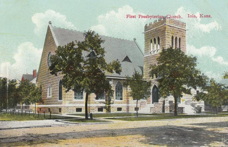 IOLA , Kansas, 00-10s ; First Presbyterian Church