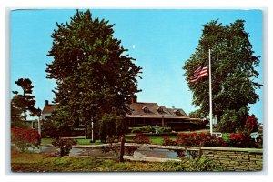 Postcard Milleridge Inn, Jericho Long Island, NY  E49