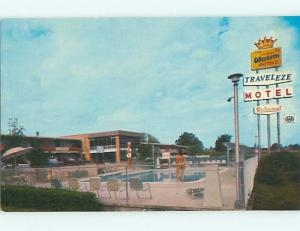 Unused Pre-1980 BATHING BEAUTY AT TRAVELEZE MOTEL Greenville SC u6301