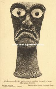 hawaii, Hawaiian Islands, Mask of the God of War, covered with Feathers (1910s)