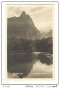 RP of mountain & lake, ROMSDALSHORN, Norway, 00-10s