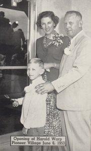 MINDEN , Nebraska, 1930-40s ; Opening of Harold Wrap Pioneer Village