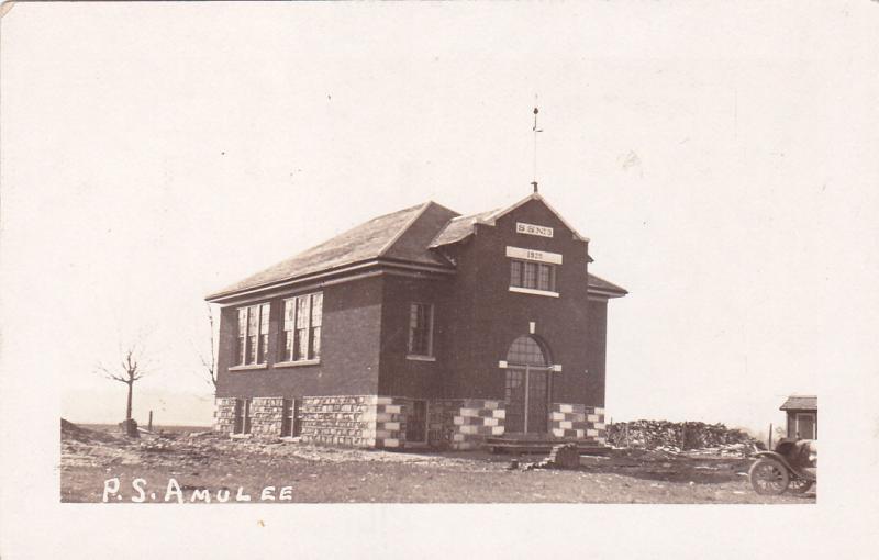 RP; ONTARIO, Canada, 1920s; Public School Amulee