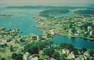 Maine Bailey Island The Business Center At Vinalhaven Is On The Bridge Betwee...