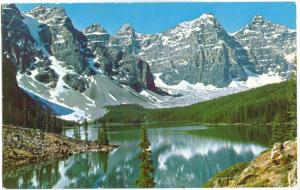 Canada, reflection at Moraine Lake, Valley of the ten Peaks, Banff National Park