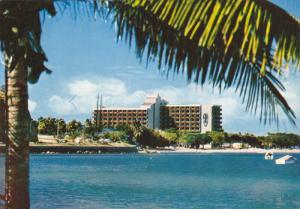 NOUMEA , Nouvelle Caledonie , l'hotel Chateau Royal , 50s