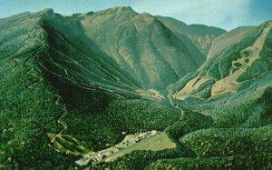 Mt. Mansfield, Smuggler's Notch, Vermont, VT, Chrome Vintage Postcard g9280