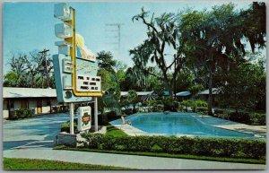 Charleston, South Carolina Postcard SMITH RANCH MOTEL Highway 17 Roadside 1964