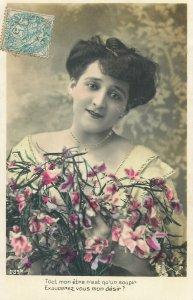 Postcard Fancy lady greetings clothes coiffure gesture chic dress elegance gaze