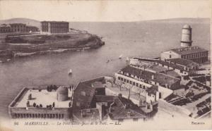 MARSEILLE, Le Fort Saint-Jean et le Port, Bouches-du-Rhone, France, 00-10s