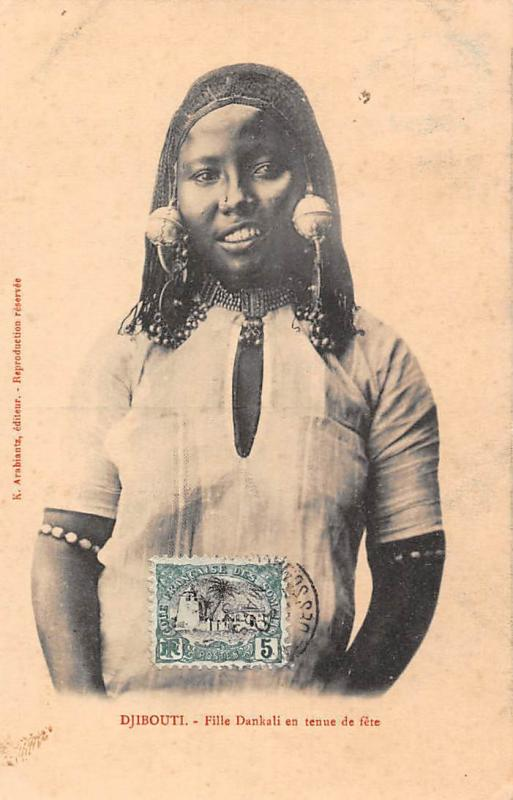 Djibouti Fille Dankali en tenue de fete, girl, festival, dress 1909