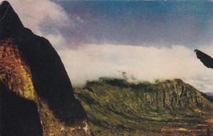 Hawaii Oahu Nuuani Pali