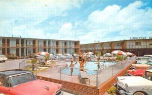 Galveston TX Boulevard Motel Swimming Pool Old Cars, Postcard