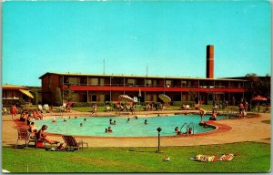 1960s Sequoyah State Park, OK Postcard Swimming Pool at WESTERN HILLS LODGE