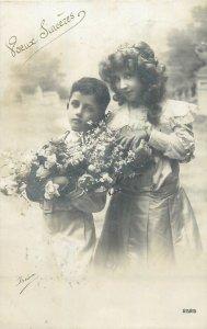 Glamour ladies head decoration early fashion postcard bouquet boy girl dress